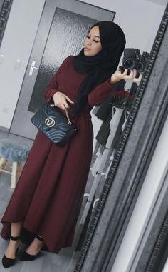 Hijab Dresses – Ideas for all Dresses & Outfits for All Ocassions Modern Hijab Fashion, Hijab Fashion Inspiration, Abaya Fashion, Muslim Fashion, Modest Fashion, Fashion Outfits, Fashion Muslimah, Modest Wear, Modest Dresses