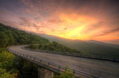 18 Reasons the Blue Ridge Parkway Is Spectacular in Fall  - HouseBeautiful.com