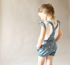 *Zeit zum Spielen? ;) Bequeme und niedliche Latzshorts werden genau das richtige sein.* Blasen-Shorts Design - luftig und süß. Aus leichte Baumwol...