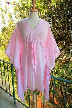 Mini Caftan in Light Pink Cotton Gauze by Mademoiselle Mermaid. Abaya Fashion, Fashion Dresses, Women's Fashion, Satin Dresses, Gowns, Mud House, Purple T Shirts, Caftan Dress, Vacation Outfits