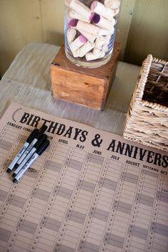 Ein #Gästebuch in Form eines #Geburtstagskalender. Man vergisst nie wieder die #Geburtstage & #Hochzeitstage der Gäste