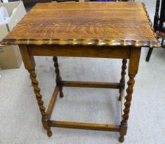 Edwardian Oak Table with 4 barley twist legs and pie crust edging. Measures 28 inches in height, top measures 24 inches x 18 inches. Oak Table, Vanity Bench, Pie, Legs, Furniture, Home Decor, Oak Desk, Torte, Cake