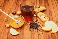 How To Make Turmeric Tea To Relieve Pain And Inflammation. Pain and inflammation are common health problems that afflict millions of peopl. Rheumatoid Arthritis Diet, Types Of Arthritis, Health And Wellness, Health Tips, Health Fitness, Kidney Cancer, Healthy Life, Healthy Living, Desert Recipes