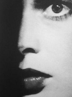 Isabella Rossellini • Blue Velvet by David Lynch 1986