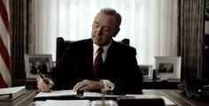 House of Cards | Frank Underwood é o líder que a América merece em trailer - Über7