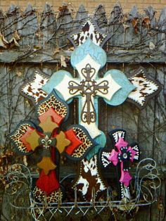 My aunt can make crosses that will blow these out of the water!!!! Faith, Hope and Bling