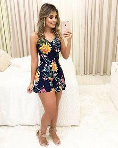 (Em revisão- disponível até 31 de agosto) Julie é uma mulher que luta… # Romance # amreading # books # wattpad Sexy Outfits, Sexy Dresses, Cute Dresses, Dress Outfits, Casual Dresses, Short Dresses, Fashion Dresses, Cute Outfits, Summer Dresses