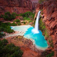 Havasu Falls, Arizona. Photography by @calsnape