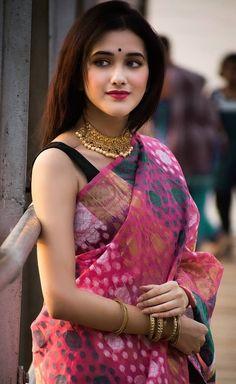 Beautiful indian actress model makeover indian actresses, models and girls Bengali Saree, Indian Silk Sarees, Indian Beauty Saree, Saris, Pink Fashion, Indian Fashion, Womens Fashion, Saree Dress, Saree Blouse