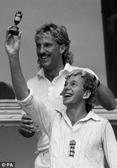 Ian Botham, David Gower and the Ashes. Cricket Books, World Cricket, Test Cricket, Cricket Sport, Ian Botham, England Cricket Team, Cricket Wallpapers, Sports Personality, World Of Sports