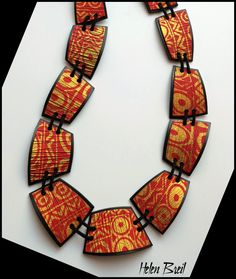 Tiled silk screened necklace by Helen Breil Ceramics Projects, Polymer Clay Projects, Polymer Clay Creations, Polymer Clay Necklace, Seed Bead Necklace, Polymer Clay Earrings, Terracotta Jewellery, Clay Design, Fabric Ribbon