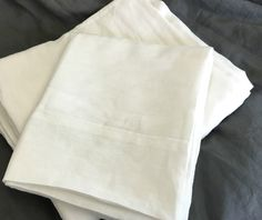 white bed sheets natural linen