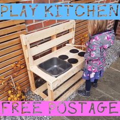 Details about child/kid outdoor play mud kitchen toy - nursery Pallet Mud Kitchen Ideas, Diy Mud Kitchen, Mud Kitchen For Kids, Pallet Kids, Toy Kitchen, Outdoor Play Kitchen, Kids Outdoor Play, Outdoor Play Areas, Kids Play Area