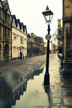 fabulousplaces: Oxford Street (by MissKiwiGurke / DeviantART) — FUCKITANDMOVETOBRITAIN
