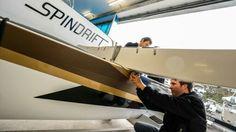 Spindrift se pare de sa nouvelle déco... par @spindriftracing #Daim24 #Multi #Déco #Like - www.scanvoile.com