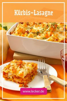 Pumpkin Lasagna - tastes even better than Lasagna Bolognese!You can find Lasagna and more on our website.Pumpkin Lasagna - tastes even better than Lasagna Bolognese! Appetizer Recipes, Soup Recipes, Cooking Recipes, Pumpkin Lasagna, Easy Lasagna Recipe, Lasagna Recipes, Good Food, Yummy Food, Healthy Food List