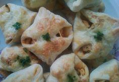 Csibe batyu Fresh Rolls, Cauliflower, Chicken, Vegetables, Ethnic Recipes, Food, Head Of Cauliflower, Veggies, Cauliflowers