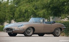 1967 Jaguar E-Type Series II Roadster
