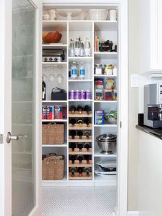 These clever kitchen pantry organization hacks will save your food from the deadline. Get some ideas for your pantry closet organization here. – Experience Of Pantrys Pantry Storage, Wine Storage, Pantry Organization, Kitchen Storage, Organized Pantry, Pantry Closet, Pantry Ideas, Storage Ideas, Kitchen Shelves