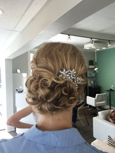 The Bend Salon • Barber - Webster Groves, MO - Wedding - Formal - Updo