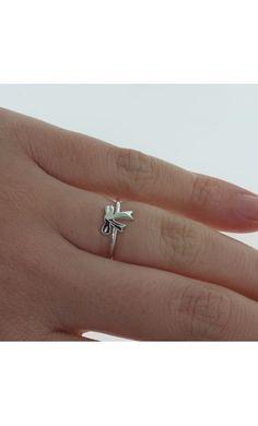 Karen Walker Mini bow ring - sterling silver