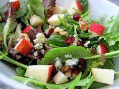 Dress to Impress Salad - The Fit Cook - Healthy Recipes - Skinny Recipes Salad Bar, Soup And Salad, Apple Walnut Salad, Apple Salad, Pear Salad, Goat Cheese Salad, Gorgonzola Cheese, Cheese Food, Vegetarian Recipes