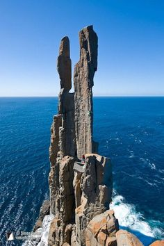 Simon Carter - Monique Forestier climbing Pole Dancer at the end of Cape Raoul, Tasman Peninsula, Tasmania, Australia. Coast Australia, Australia Travel, Australian Photography, Nature Photography, Beautiful Places To Visit, Places To See, Auckland, Land Of Oz, Geology