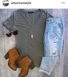 Spring outfit - colder summer day outfit - brown heeled boots, ripped jeans and plain tshirt outfit - found on @americanstyle instagram