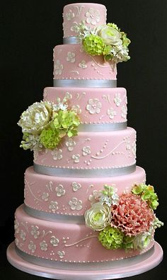 Mark Joseph Cakes ~ I love the colours on this cake and the floral is just the right colour and amount.   ᘡղbᘡ