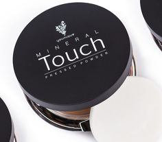 TOUCH MINERAL PUDER-FOUNDATION