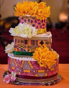 African Wedding Cakes, African Wedding Theme, African Theme, African Style, Ghana Traditional Wedding, Traditional Cakes, Beautiful Wedding Cakes, Beautiful Cakes, African Cake