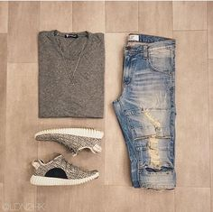 Outfit grid - Distressed denim More Grid Denim Style Casual, Casual Looks, Casual Wear, Casual Outfits, Men Casual, Look Fashion, Urban Fashion, Mens Fashion, Fashion Outfits