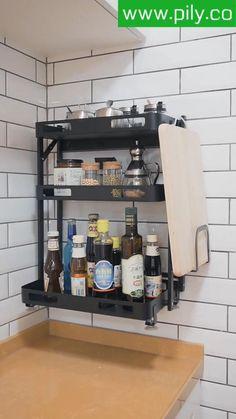 spice rack organization space saving Spice Rack Organization, Spice Rack Organiser, Kitchen Organization, Kitchen Shelves, Kitchen Storage, Kitchen Cabinets, Modern Grey Kitchen, Modern Kitchen Design, Magnetic Spice Jars
