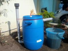 Hi there, I am Sahas chitlange, aging from India. here is my homemade cheap and easy to build mini Biogas plant. It burns for approx. mins on a bunsen. Diy Generator, Biogas Generator, Renewable Energy, Solar Energy, Solar Power, Wind Power, Alternative Energie, Kitchen Waste, Energy Projects