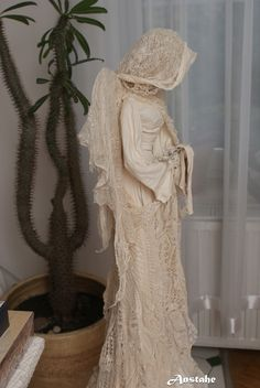 Podobny obraz Angels Among Us, Lace Wedding, Wedding Dresses, Cheryl, Diy And Crafts, Homemade, Dolls, Art, Fashion