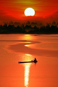 Beautiful Sunset.  Love to have a camping site nearby......