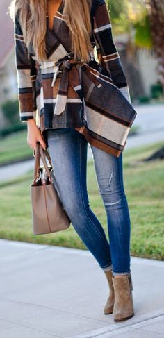 Street style for fall chic....Plaid