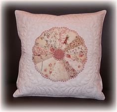 Dresden Plate pillow  Quilted in the Hoop.
