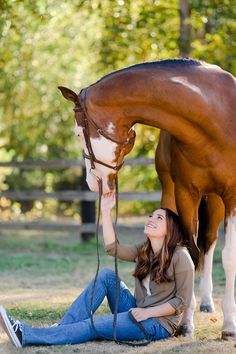 Victoria Leen – Class of 2017 – and her paint gelding Hez Reddioactive at Painted Valley Farms in Poulsbo, Washington. Equestrian Senior photography by Kirstie Marie Photography www.kirstiemarie.com