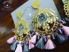 Aretes borlas y cristales de Swarovski