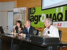 Los ponentes de la Jornada Profesional de Ovino de leche de Agromaq 2011, a punto de comenzar.
