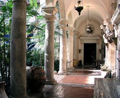 Viscaya mansion has formal gardens and grounds that cover 30 acres overlooking Biscayne Bay. The house includes 70 rooms, many filled with paintings, antiques, and sculpture. Three Guys From Miami: On the web since 1996.