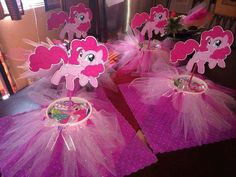 Birthday Party At Park, My Little Pony Birthday Party, 6th Birthday Parties, Birthday Ideas, Bolo My Little Pony, Festa Do My Little Pony, My Little Pony Equestria, Pinkie Pie Party, Little Poney