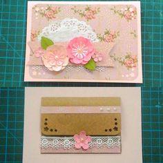 Cartão com envelope interno. ♡