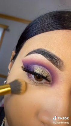 Smoke Eye Makeup, Eyebrow Makeup Tips, Makeup Tutorial Eyeliner, Eye Makeup Steps, Makeup Eye Looks, Beautiful Eye Makeup, Eye Makeup Art, Skin Makeup, Eye Makeup Cut Crease