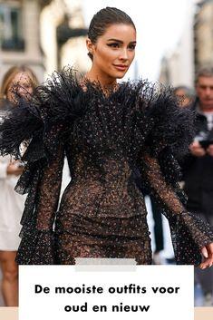 NYE   What to wear   new years eve outfit   look   fashion   shop now   fur   dress   woman   De avond van heel veel champagne en oliebollen is bijna daar. Wél anders dan we gewend zijn, maar dat neemt niet weg dat we het jaar graag modieus inluiden. Look Fashion, Paris Fashion, Olivia Culpo, Ralph And Russo, Black Ruffle, Beauty Queens, Red Carpet Fashion, Beautiful Outfits, Lace Dress