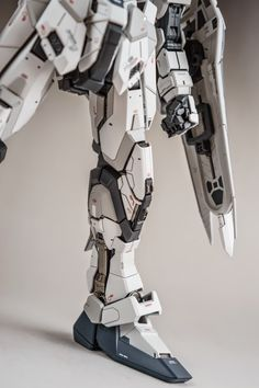 GUNDAM GUY: PG 1/60 Strike Gundam Ver. Hoi - Painted Build
