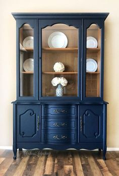 Verkauft Bassett Geschirrschrank Marine Stall Buffet Franzosische Provinz Blau Painted China Cabinets French Provincial Furniture Blue China Cabinet