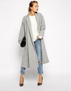 trendy winter coat ladies in light grey