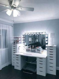 home vanity makeup * home van . home vanity ideas . home vanity . home vanity makeup . home vanity diy Sala Glam, Rangement Makeup, Vanity Room, Vanity Mirrors, Ikea Mirror, Dresser Mirror, Storage Mirror, Diy Mirror, Glam Room
